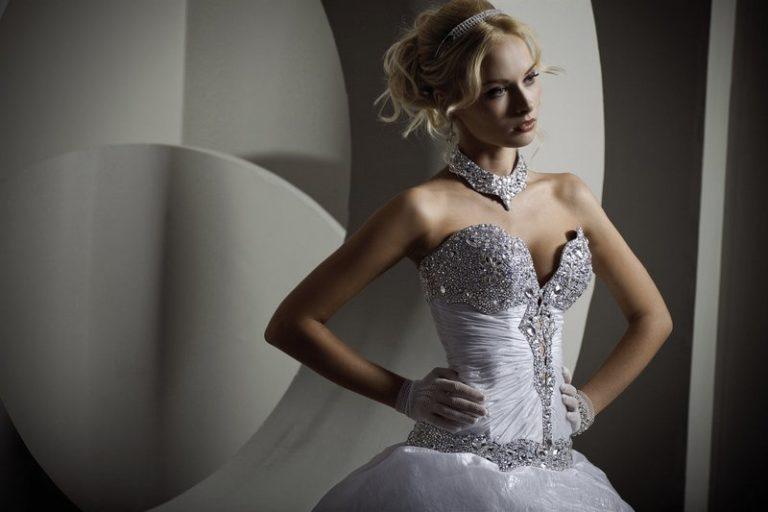 Все о свадебных платьях с корсетом