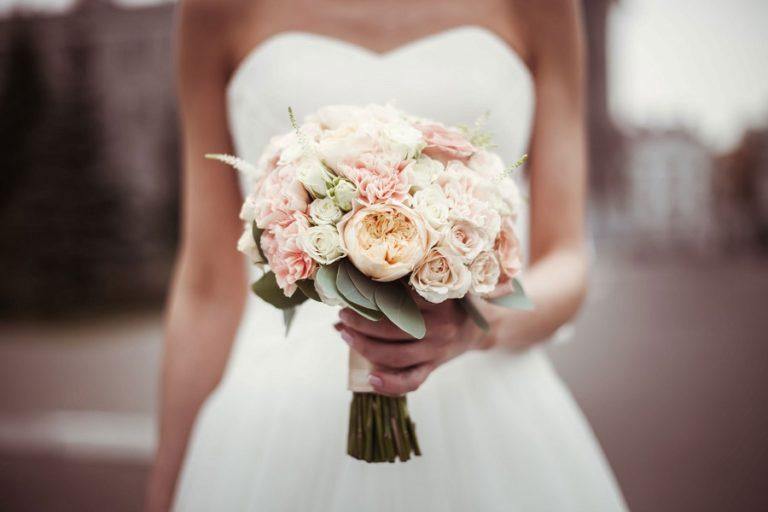 Свадебные букеты, сочетание, символика цветов