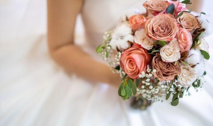 Какой букет подарить на свадьбу?